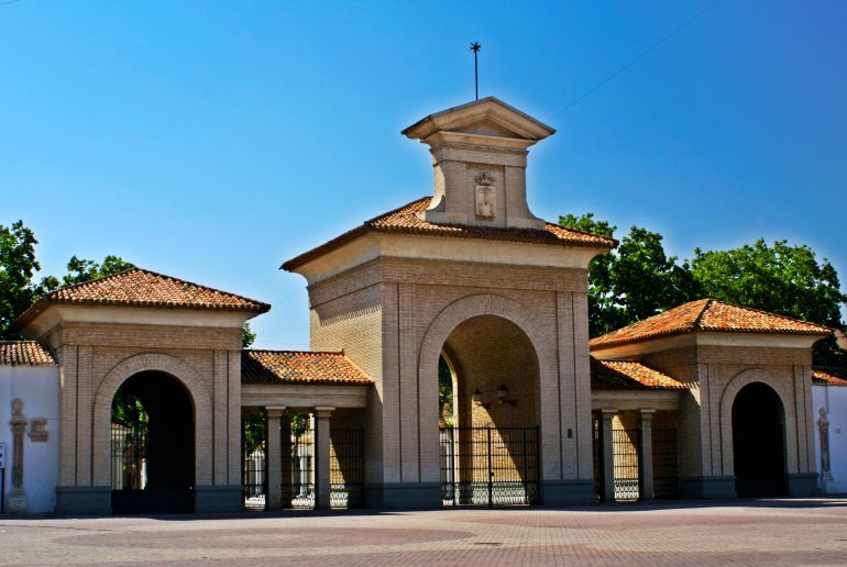 Puerta de Hierros de la Feria de Albacete